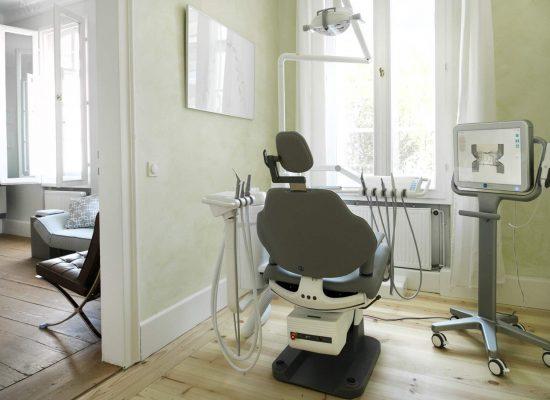 Behandlungszimmer The Smile Bad Homburg